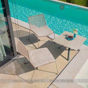bộ bàn ghế hồ bơi
