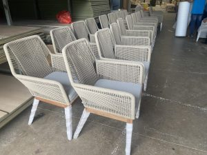 sản xuất ghế ăn